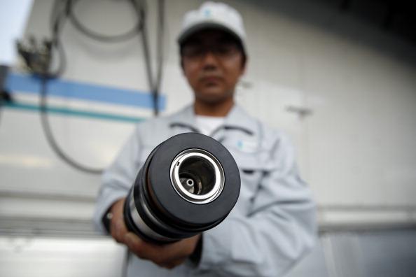 """ホンダと岩谷産業がタッグで取り組む""""スマート水素ステーション""""って何?のサムネイル画像"""