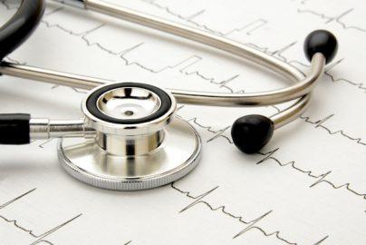 あなたの「健康寿命」は? 2つの質問で分かる医療費がかかる年齢のサムネイル画像