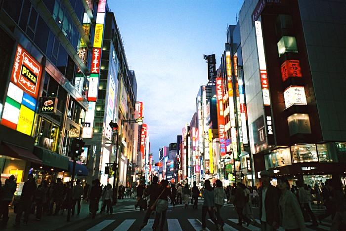 増加続く東京の人口、五輪へ向け不動産価格に追い風か?のサムネイル画像