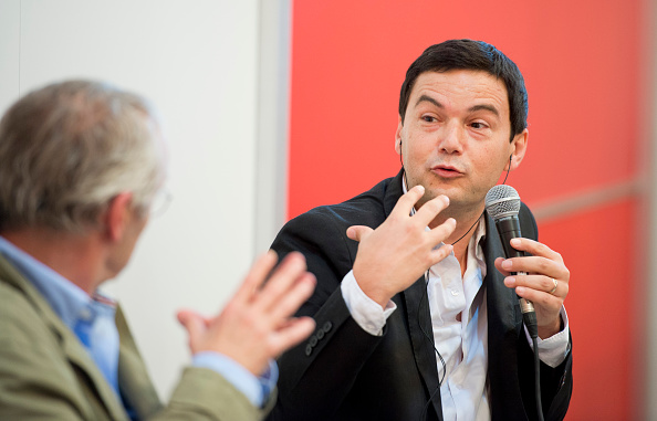富裕層資産に迫る包囲網―「ピケティ税導入の布石か?」DIRエコノミスト・吉井氏のサムネイル画像