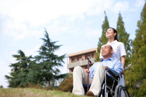 深刻化する日本社会の高齢化 注目の介護サービス関連銘柄10選のサムネイル画像