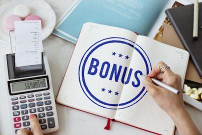 ボーナスの使い道 貯蓄傾向が強く株式や投資信託は1割に満たずのサムネイル画像