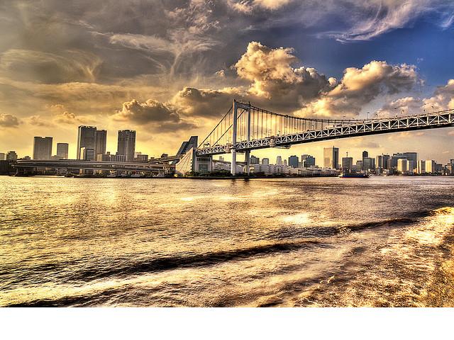 格差社会の加速と外国人&富裕層の独壇場?〜円安と資産インフレが作る日本の未来〜のサムネイル画像