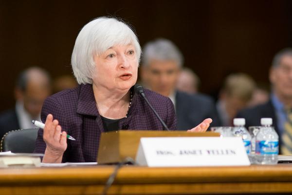 米FRB議長イエレン氏「年内利上げ」は財政問題で延期されるのか?のサムネイル画像