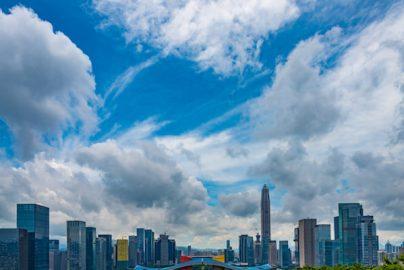 中国本土市場に異変 大型株2年ぶり高値、小型株2年半ぶり安値のサムネイル画像