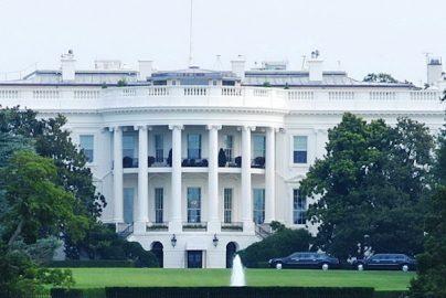 米大統領選まだもめるのか? クリントン氏の得票数がトランプ氏上回るのサムネイル画像