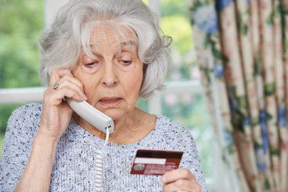 豪ドルの「一時払い変額個人年金保険」はボッタクリですよね?のサムネイル画像