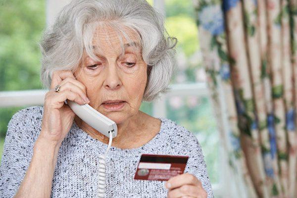 豪ドルの「一時払い変額個人年金保険」はボッタクリですよね?