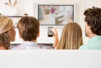「TV番組をテレビ本体で観たい」視聴者が急減、パソコン派は4割超えのサムネイル画像