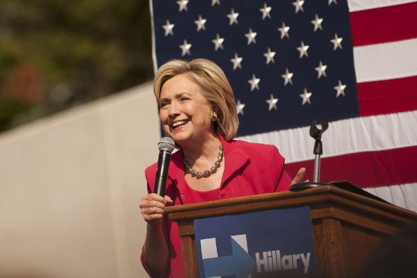 ヒラリー・クリントンの経済政策「ヒラリーノミクス」の意外な内容のサムネイル画像