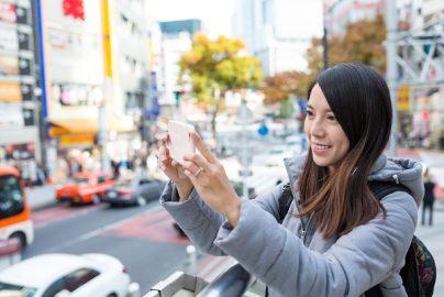 「爆買い失速」訪日外国人消費が急落、小売業界に深刻な波紋のサムネイル画像