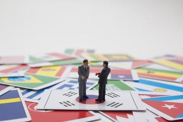 不平等な条件も受け入れ、各国とのFTAを推し進める韓国