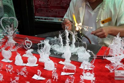 中国が日本の「職人」に注目 首相も「もはや中国には工匠はいない」のサムネイル画像