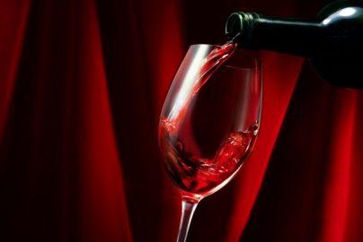 霜で不作、被害総額1200億円以上の「ボルドーワイン」とは ブルゴーニュとの違いは?のサムネイル画像