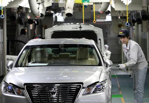 シャープとトヨタ、対照的なクリティカルディシジョンのサムネイル画像