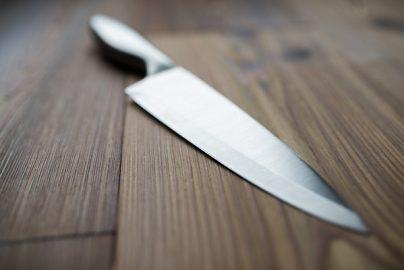 NISAで「東芝株」購入、落ちてくるナイフはつかむなのサムネイル画像