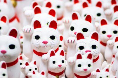 金運アップに効果あり?「招き猫」にまつわる全国のパワースポット5選のサムネイル画像