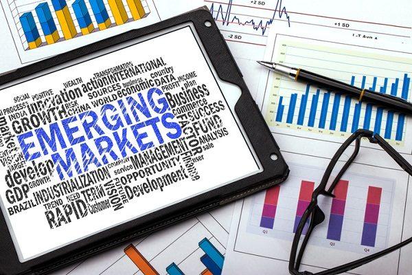 新興国株価は2017年も好調「ポートフォリオの一部にお忘れなく」