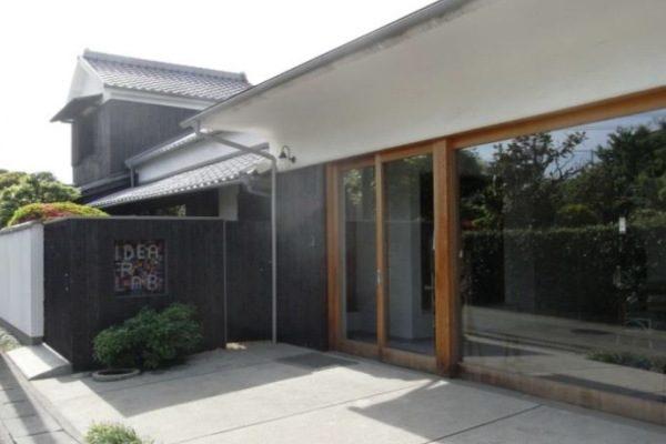 日本初の「クリエイティブリユース」の拠点とは?-倉敷玉島のまちに息づく「創造の源」を訪ねて