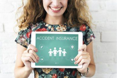 「保険証書10枚」が物語る、38歳独身女性の将来が見えない不安のサムネイル画像
