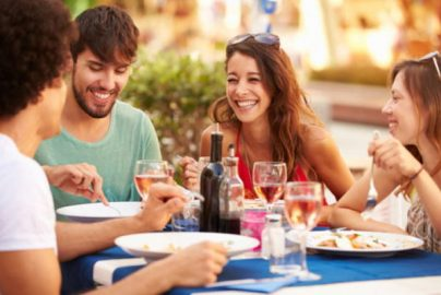 豪華な食事でモチベーションアップ♪1万円以上もらえる「外食」優待4選のサムネイル画像