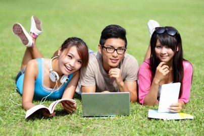 中国人の「好きな大学」「日本に移住したい理由」などランキング トップ5のサムネイル画像