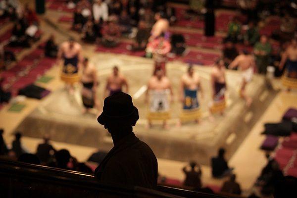 大相撲春場所「稀勢の里」に注目 「株式番付」の横綱は?
