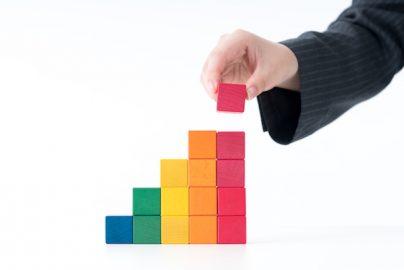 iDeCo・つみたてNISAの認知度 個人投資家の半数が「よくわからない」 その理由は?のサムネイル画像