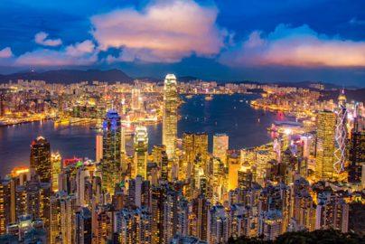 香港市場、上半期「高パフォーマンス」のワケ 今後の中国懸念は?のサムネイル画像