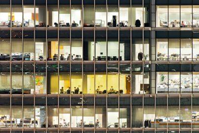 従業員デスクの「熱センサー」で作業時間を測定 同様の試みをした新聞社は一日で廃止のサムネイル画像