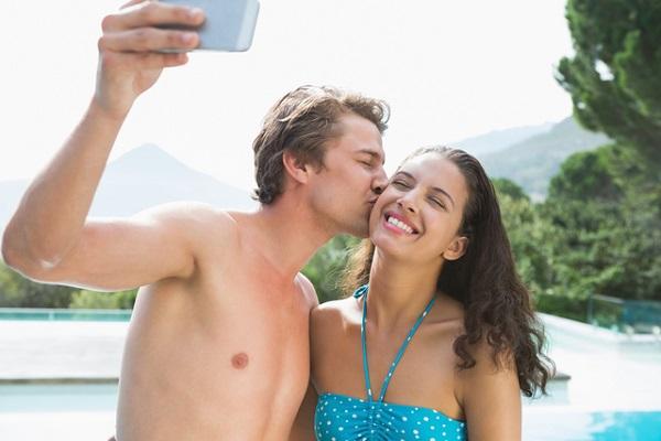 なぜ若者はSNSで2人の写真を公開するのか? カップルアプリが人気の理由