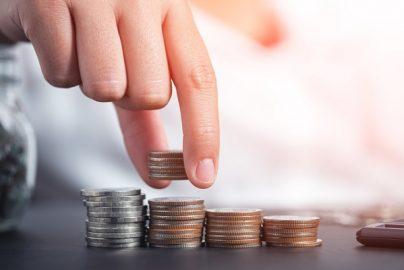 まずは100万円 お金を貯めるための「面倒くさくない」節約術のサムネイル画像