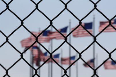 オバマ政権の不法移民救済策撤廃へ Appleなど大手企業CEO反発のサムネイル画像