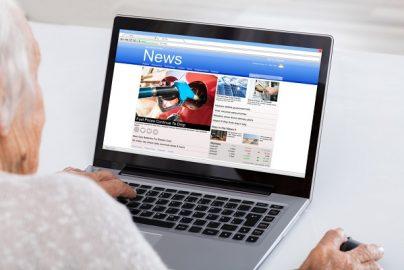 「偽ニュースサイト運営」で荒稼ぎする若者たち トランプ・フィーバーが火付け役のサムネイル画像