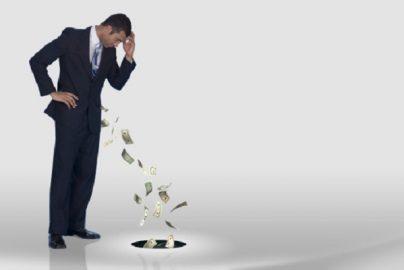 セールストークでは気がつかない 契約者が後悔しがちな保険の落とし穴のサムネイル画像