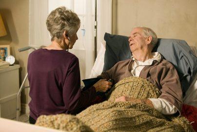 「既婚者は独身者より心臓発作の生存率が14%高い」? 配偶者からの精神的支援がカギのサムネイル画像
