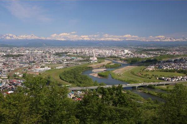 なぜ多くの企業が「旭川市」を選ぶのか | ZUU online