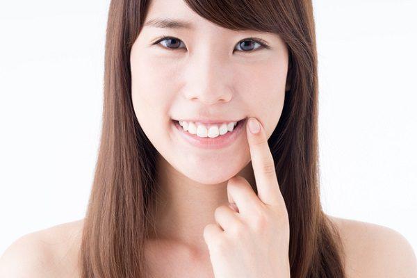 割れた歯は抜くしかない? 「インプラント」の前に考えたい手段