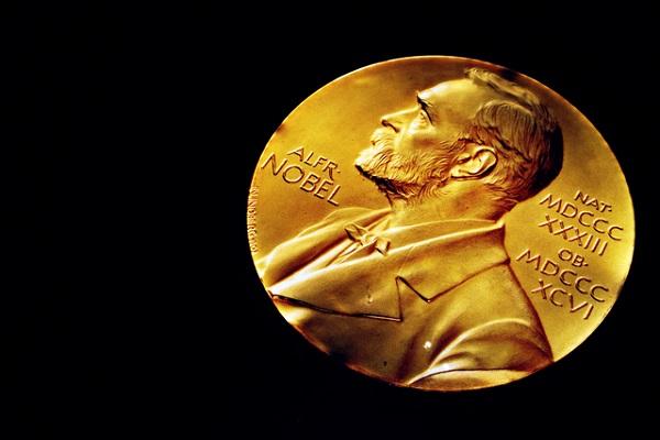 ノーベル賞,日本人,関連銘柄