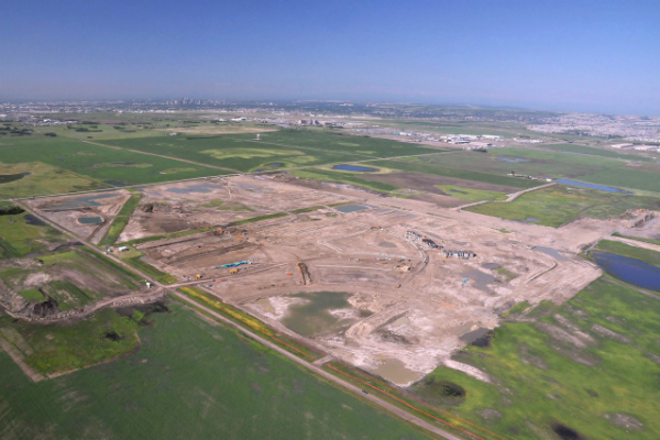 経済好調の米国、大手ウォルトン社開発の「大規模宅地」開発に1万ドルから投資