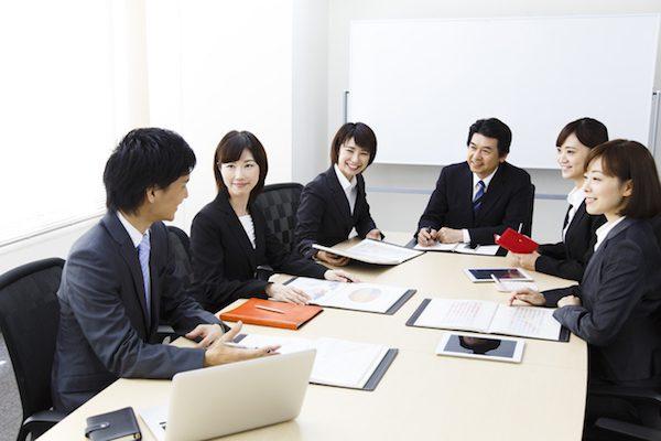 「長く快適に働ける」企業トップ20 1位の企業「転職は厳しい」の声も
