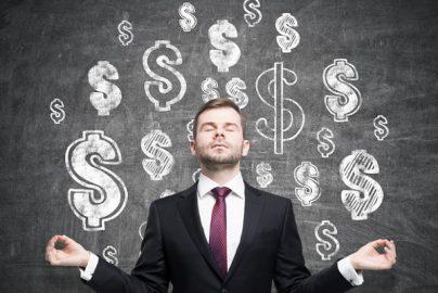 「年収1100万円以上」で「競争率の低い職業」ランキング 医療・ITが独占のサムネイル画像