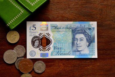米英で家計負債が過去最大に 英国の消費者バブルは重症?のサムネイル画像