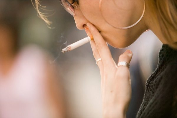 タバコ健康被害は本当か? なぜ「喫煙者減」なのに「肺がん増」なのか