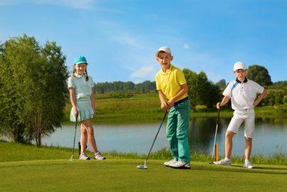 子どもにゴルフを習わせる親が増加、「習い事費用で老後の貯蓄できない」が3割 米国のサムネイル画像