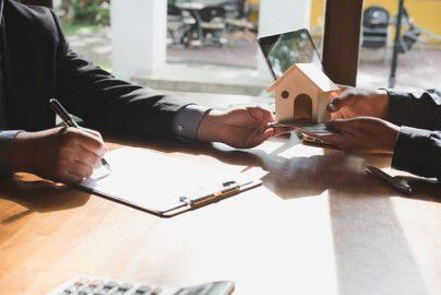 約8割が知らない、不動産取引の「囲い込み」「両手仲介」の慣習とはのサムネイル画像