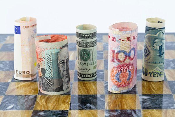 2017年「世界の主要経済イベント」 黒田総裁は真価が問われる年