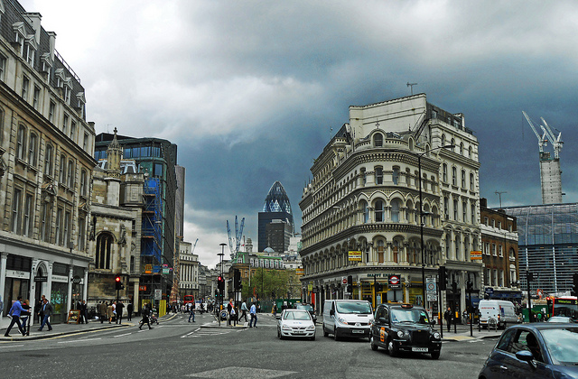 過熱するロンドン不動産市況、超富裕層の資金逃避先の条件とはのサムネイル画像