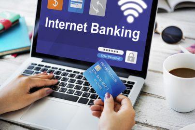 ネット銀行で借り換えるあなたへ 本当のメリット・デメリットとは?のサムネイル画像
