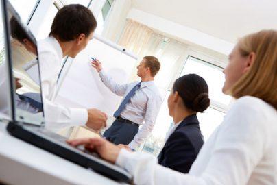 中小企業向け、社員研修の定義から使い分けまで紹介のサムネイル画像